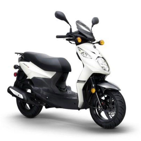 Lance PCH125 Scooter Rental in Honolulu, Hawaii