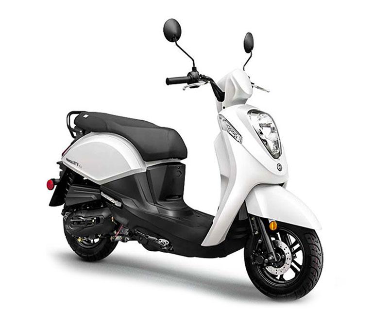 Sym Mio 50 CC Premium Moped